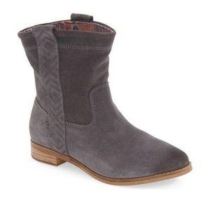"""Toms """"Laurel"""" Aztec Suede Boots"""
